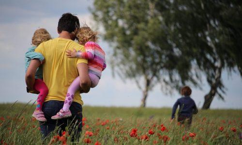 Single Yang Suka Anak-anak